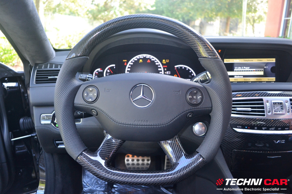 Mercedes Benz CL65 Carbon Fiber interior