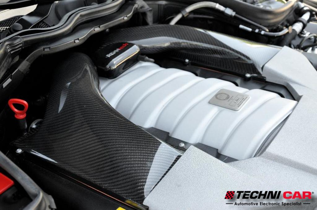 Mercedes Benz E63, RENNtech Carbon Fiber airbox