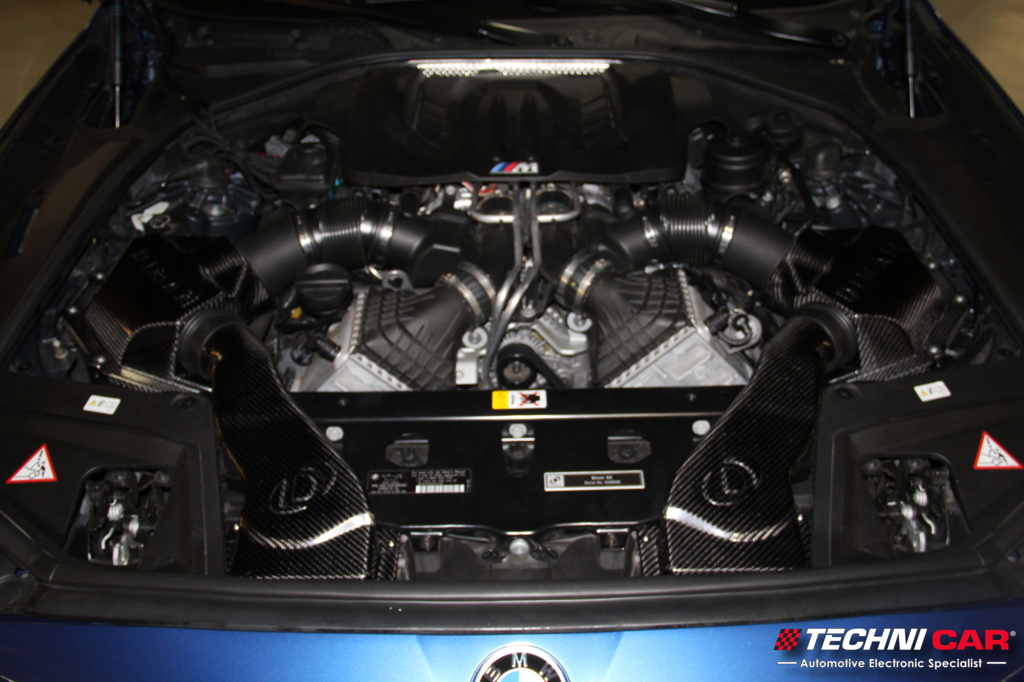 BMW F10 M5 cold air intake